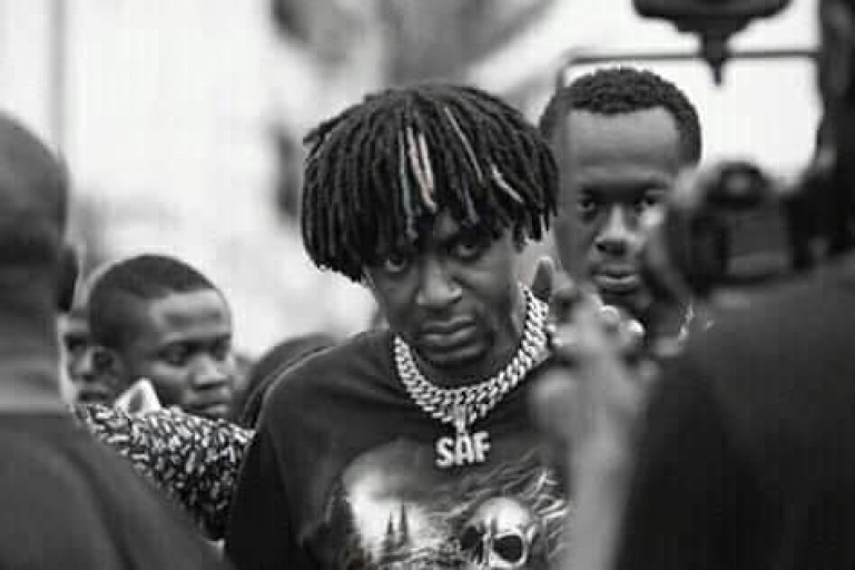 Safarel Obiang rend hommage à Arafat dj