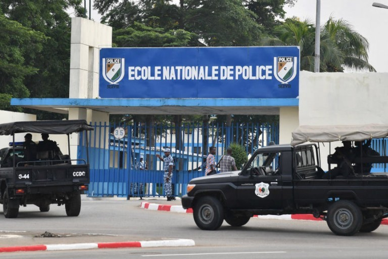 Le Sergent-chef de police B.A.Y, instructeur à l'Ecole de police, arrêté
