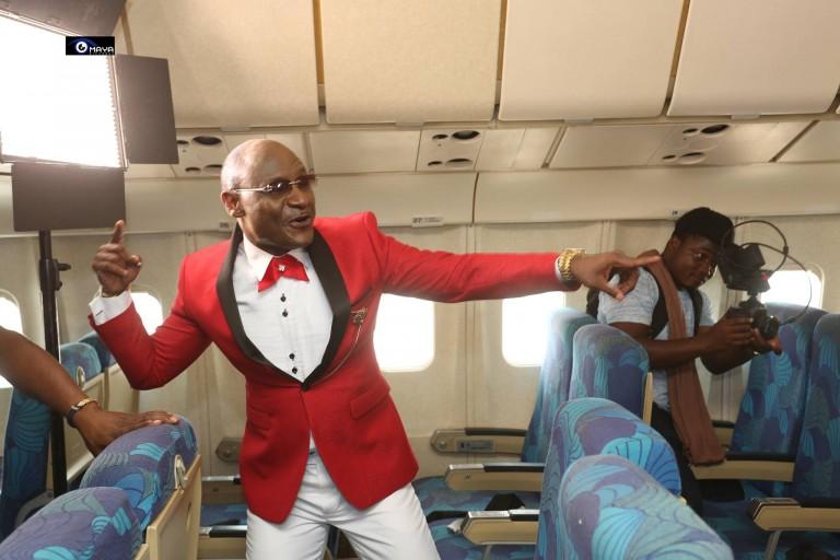 Gadji Celi annonce son retour à Abidjan