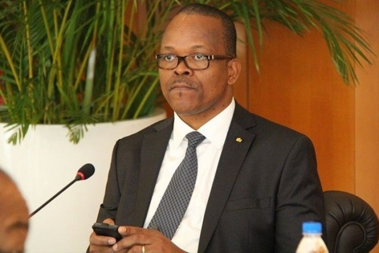 Alain Lobognon transféré d'urgence à l'Institut de cardiologie d'Abidjan