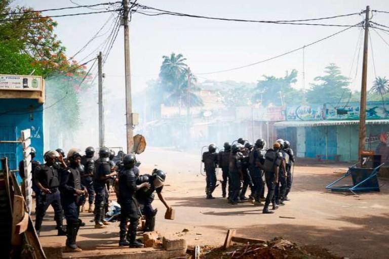 Mali: Une foule en colère tue un commissaire de police