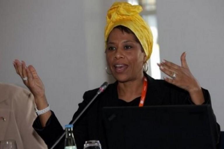 Bénin : Nathalie Yamb en colère suite au limogeage d'Yves Ogan