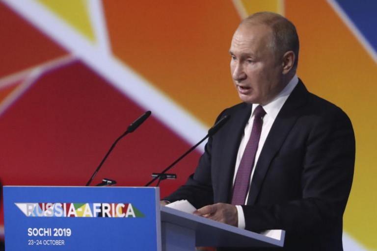 Vladimir Poutine va investir 2 milliards au Maroc