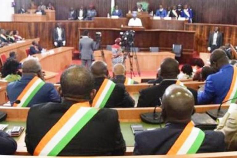 Une séance parlementaire nocturne pour l'adoption du Budget 2020