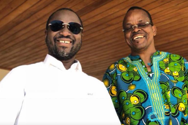 Guillaume Soro (en blanc), ex-patron de la rébellion des Forces nouvelles, et ancien allié d'Alassane Ouattara