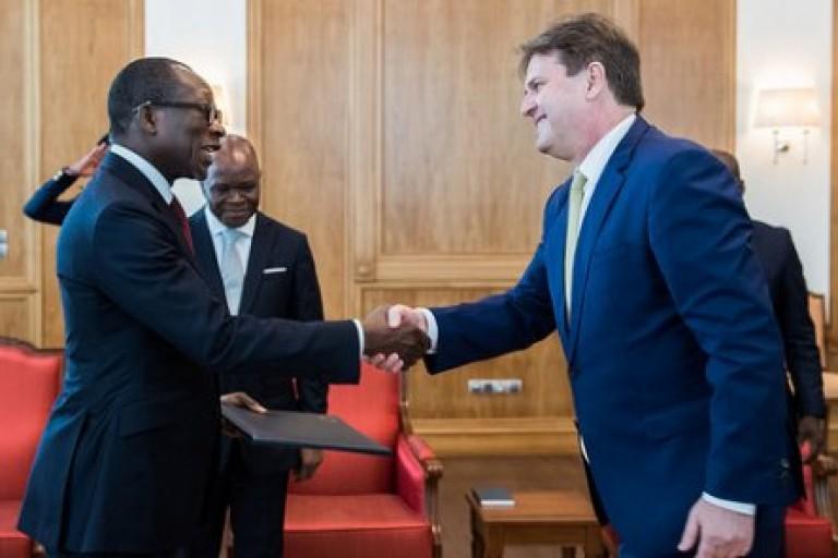 Le Bénin menace un ambassadeur européen et se fait tirer les oreilles