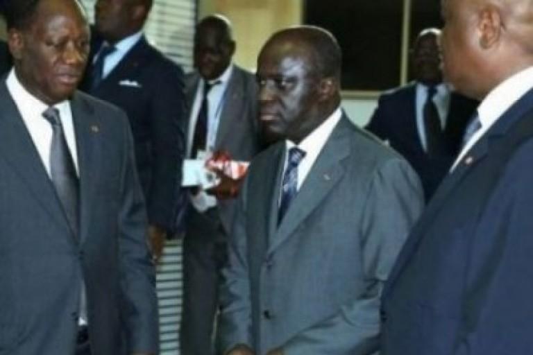 Alassane Ouattara appelle ses ministres à la solidarité