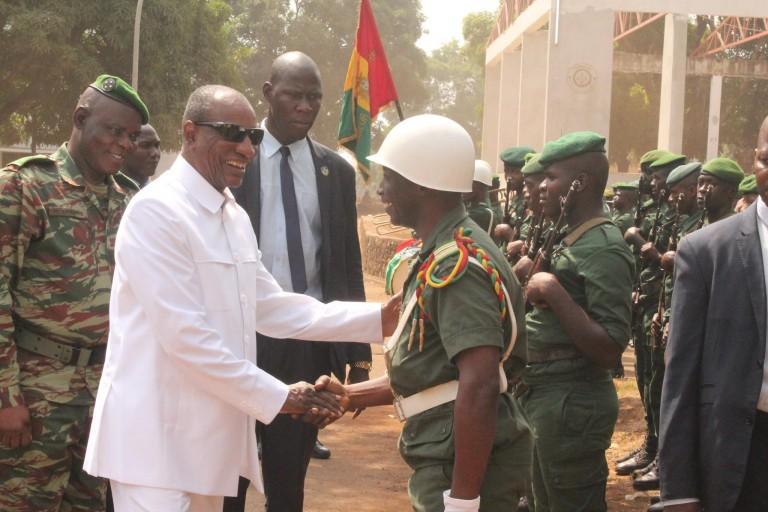 Alpha Condé mobilise l'armée avant le scrutin du 1er mars