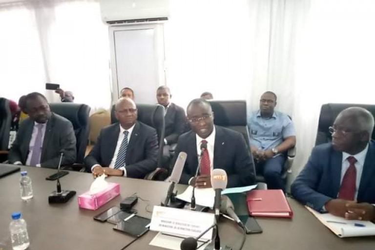 Scandale à la Fonction publique: Le Dircab du ministre réagit