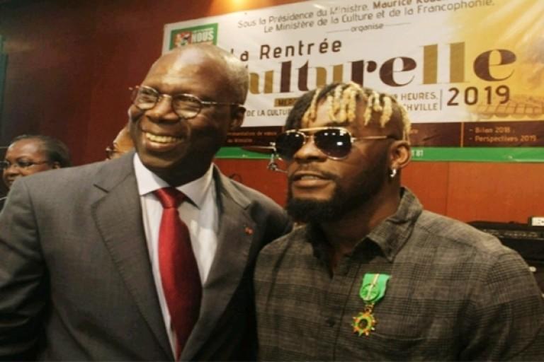 Le ministre MAurice Bandama et l'artiste Arafat Dj