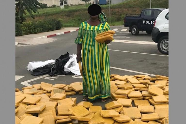 Une dame, trafiquante de drogue, appréhendée à Abobo