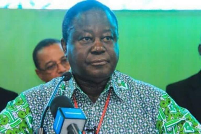 Des ambassadeurs supplient Bédié pour la candidature de Billon