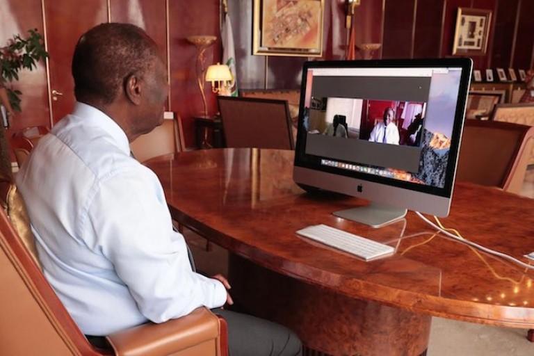 Alassane Ouattara et Amadou Gon en vidéoconférence