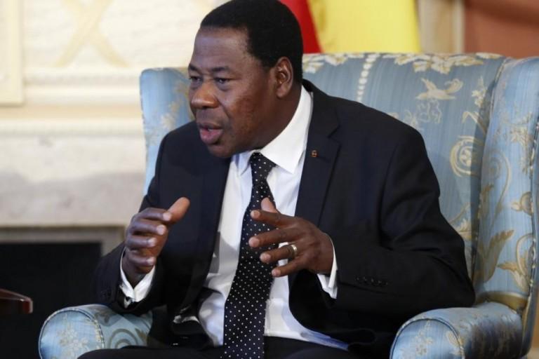 Au Bénin, Boni Yayi quitte le FCBE