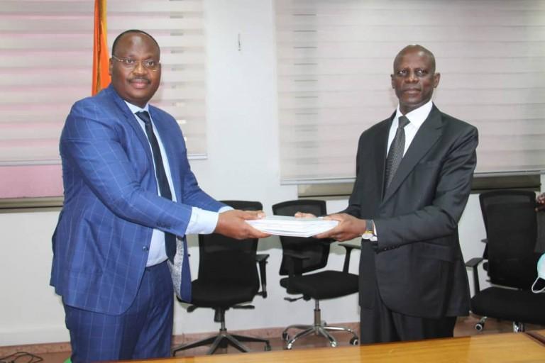 Adama Diawara reçoit les rapports d'activités 2019 des structures sous tutelle