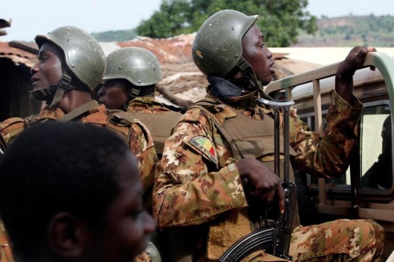 Mali, les autorités confirment l'attaque d'un convoi de l'armée