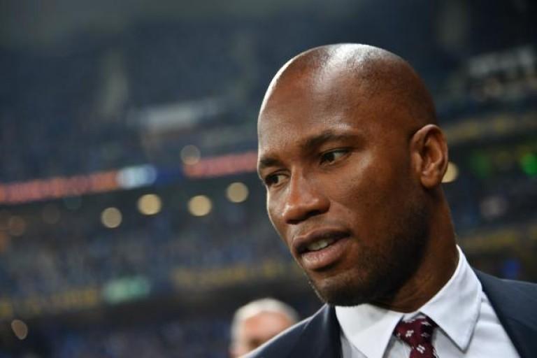Fif : Des arbitres remettent officiellement le parrainage de l'Amafci à Didier Drogba