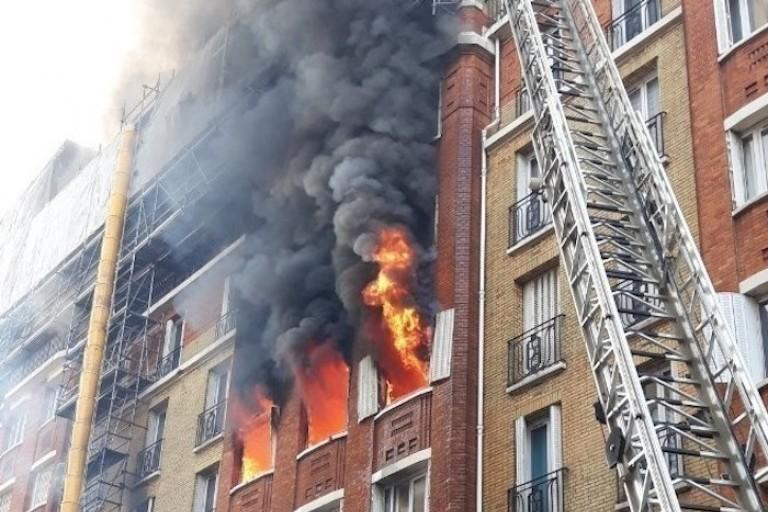L'Immeuble parisien en feu, dont Djaléga Gnahoré a sauvé les  locataires