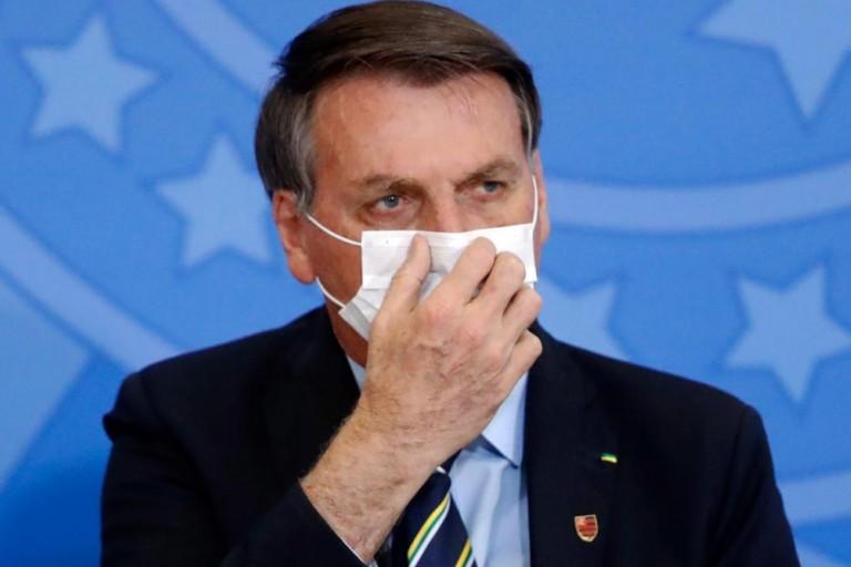 Le président brésilien Jair Bolsonaro est déclaré positif à la COVID-19