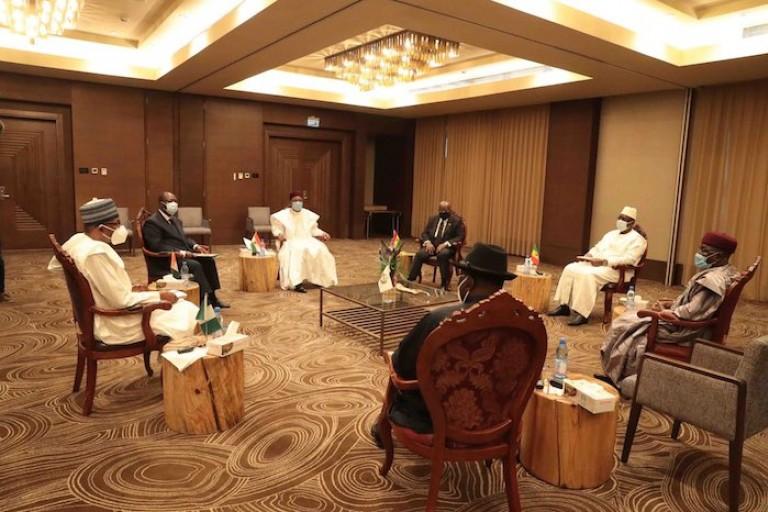 Alassane Ouattara et ses pairs de la CEDEAO