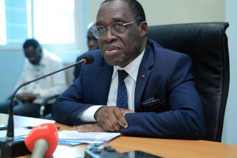 Aka Aouélé vivement critiqué par les internautes