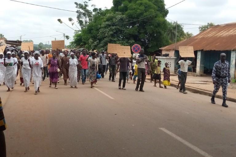 Les marches de l'opposition se multiplient contre la candidature du président Alassane Ouattara