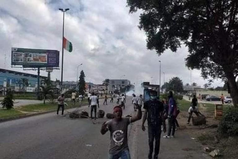 Une manifestation de jeunes proches de Laurent Gbagbo, dispersée