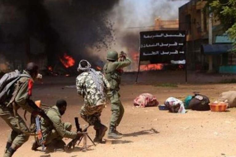 Le Mali frappé par une double attaque terroriste