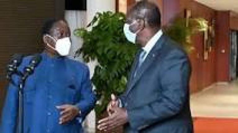 Le « Joyeux anniversaire » d'Alassane Ouattara qui « désarme » Henri Konan Bédié