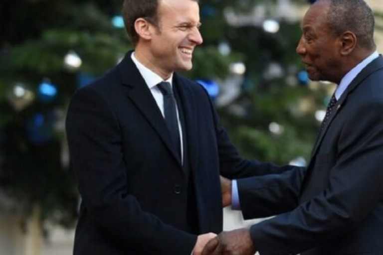 Guinée: Emmanuel Macron félicite Alpha Condé pour son 3è mandat