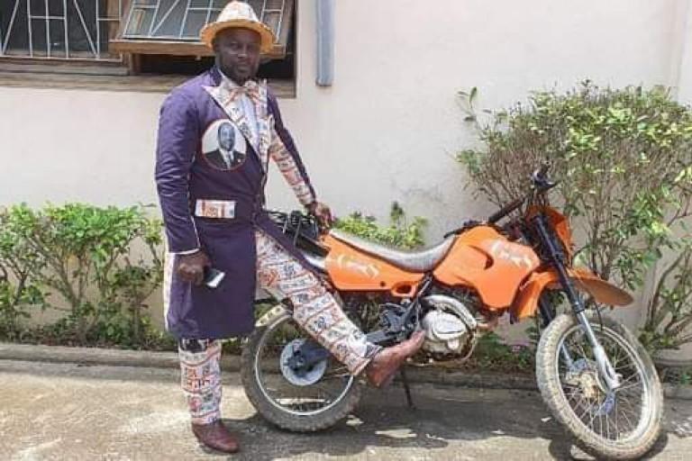 Dj Volcano et la moto