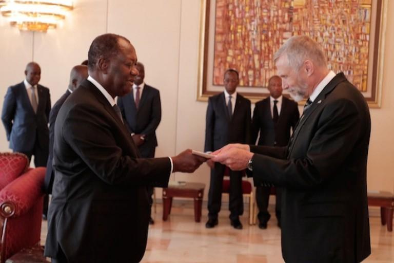 3e mandat : Reconnaissant sa réélection, voici ce que les États-Unis exigent de Ouattara