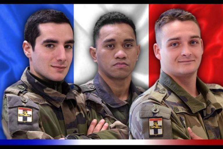 Au Mali, trois soldats français de l'opération Barkhane ont été tués, lundi 28 décembre