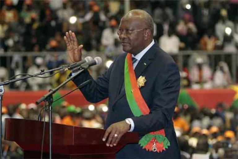 Roch Kaboré réélu Président de la République au Brukina Faso.
