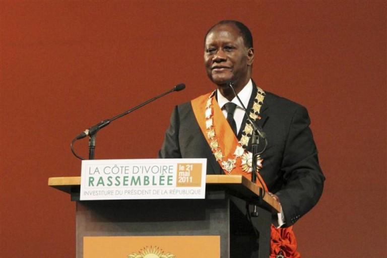 Alassane Ouattara prête serment et va en guerre contre la corruption
