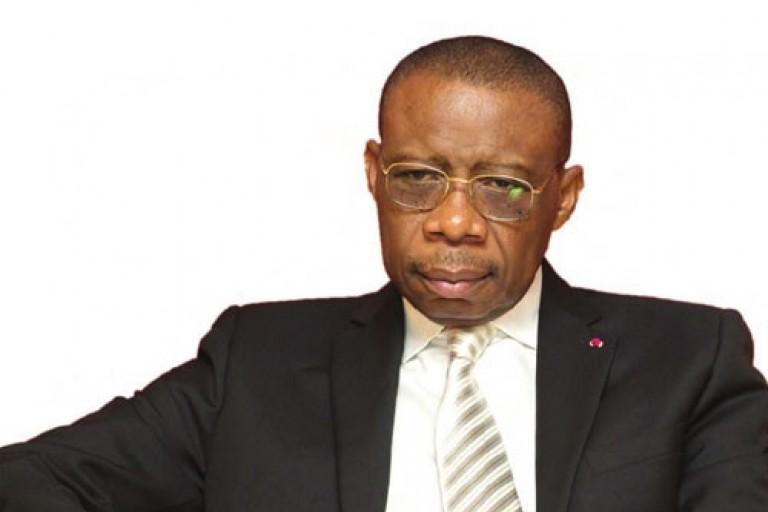 L' ambassadeur du Cameroun en France en colère