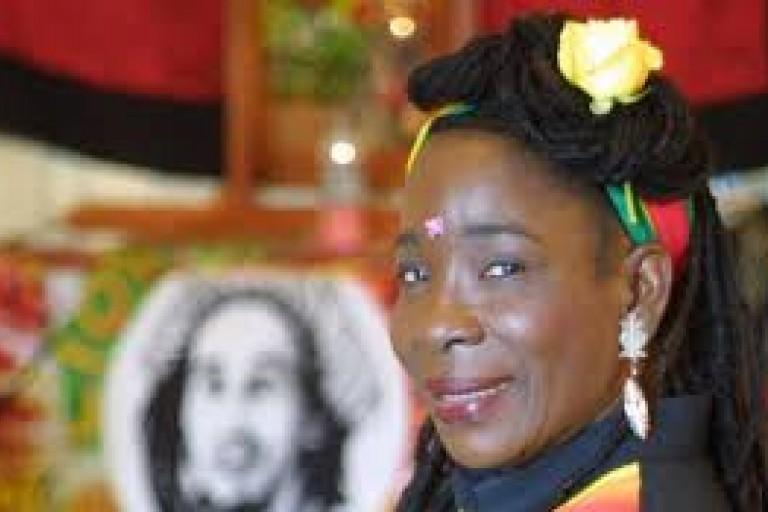 Une rumeur planétaire tue Rita Marley, la veuve de BOB