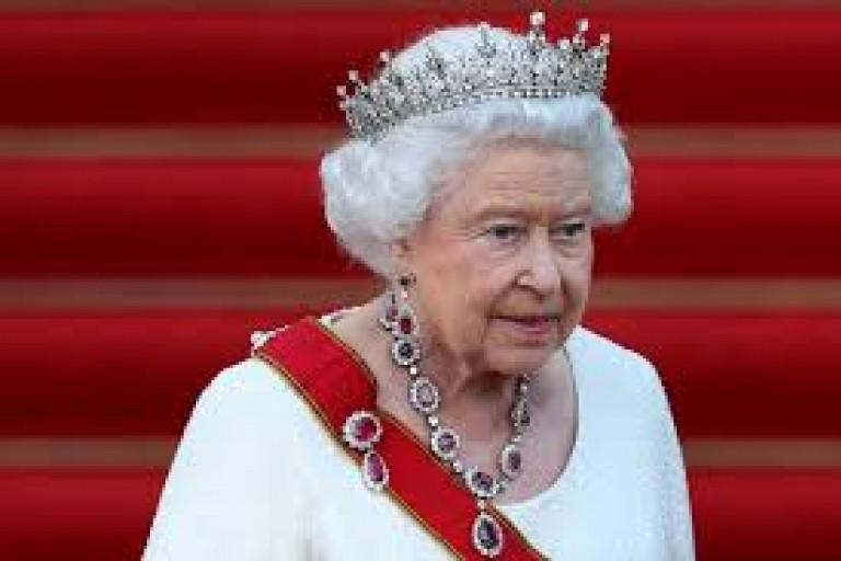 """Le Cousin de la reine Elizabeth II se défend : """"l'alcool n'est pas une excuse pour mon comportement"""