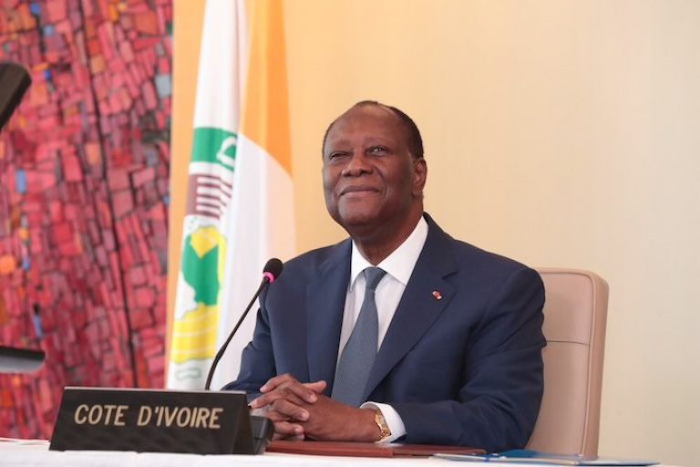 Alassane Ouattara participe au sommet de la CEDEAO au Ghana