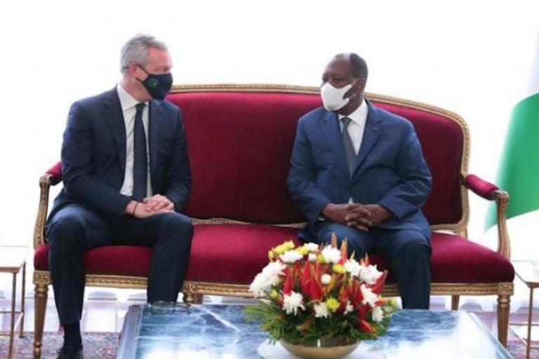 Alassane Ouattara reçoit Bruno Le Maire en audience à Abidjan