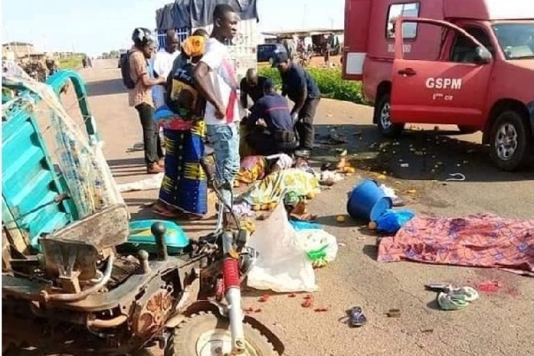 Korhogo : un accident entre un tricycle et un camion fait 4 morts
