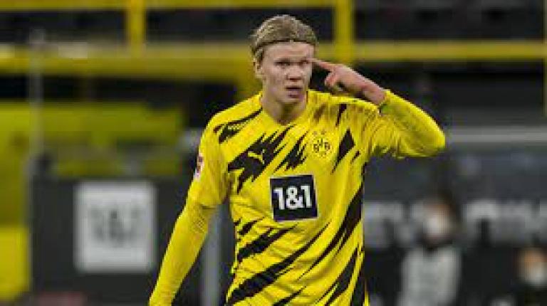 Erling Haaland ne signera pas signé au FC Barcelone pour ce mercato