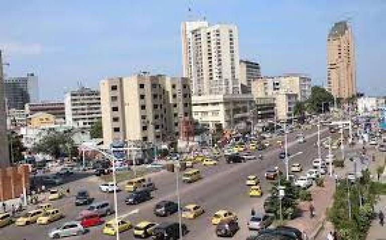 Projet Kin Elenda pour améliorer l'accès aux infrastructures et aux services à Kinshasa