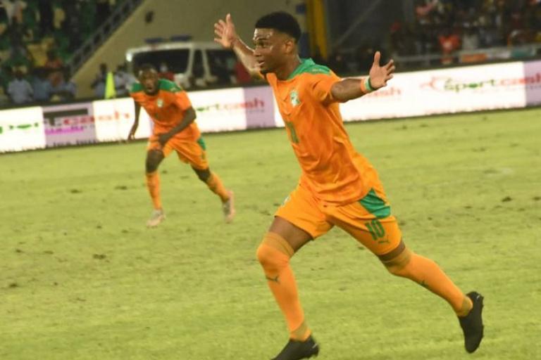 Amad Diallo marque un but au Fergie Time