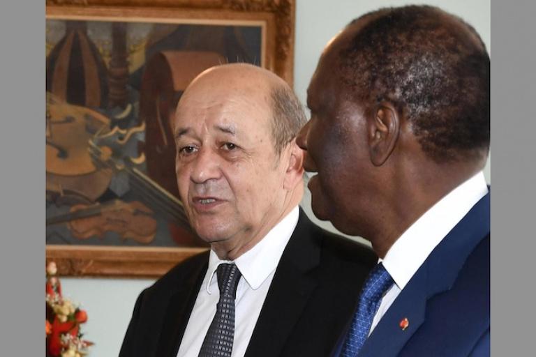 La France et la Côte d'Ivoire, une relation qui traverse le temps. Ici, Alassane Ouattara et Jean Yves Le Drian