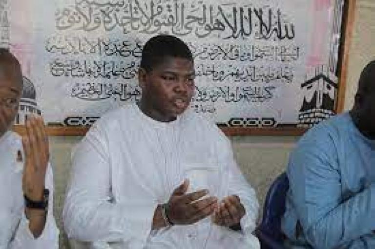 Yerim Bakayoko, fils d' Hamed Bakayoko, pleure à nouveau son père