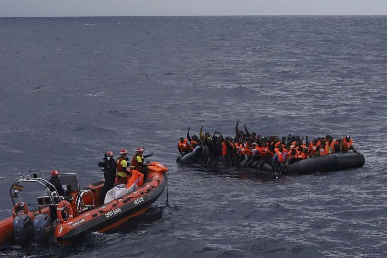 Tunisie : 54 migrants manquent d'échouer dans la Méditerranée