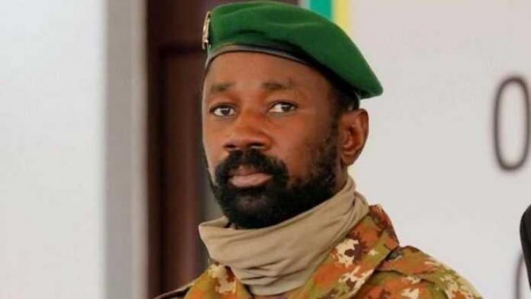 Le président de la transition au Mali, Assimi Goïta, échappe à une attaque au couteau