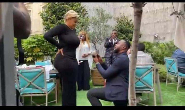 Emmanuelle Keïta dit oui à Peter 007