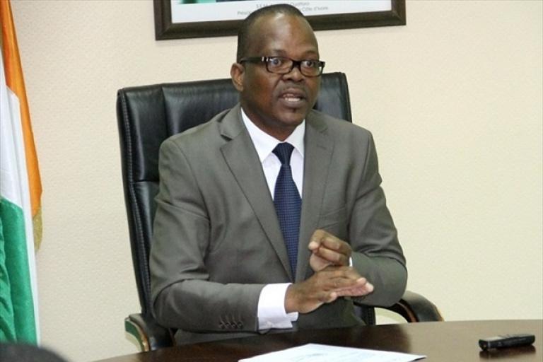 CI/Cameroun: L'état de la pelouse du stade d'Ébimpé irrite Lobognon
